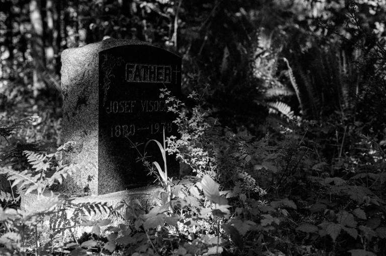 5520 McLane Cemetery 400TX 005-Edit